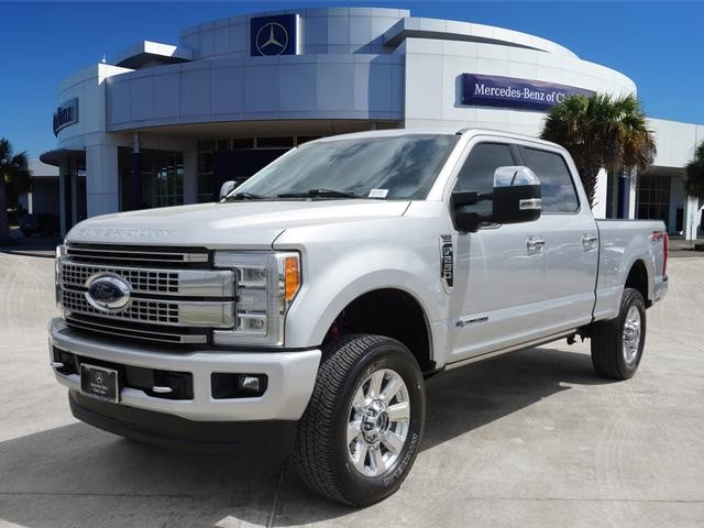 Pre Owned 2017 Ford Super Duty F 250 Srw Platinum