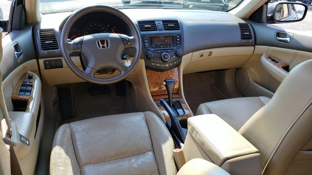 Pre Owned 2004 Honda Accord Sdn Ex