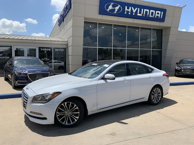 Pre-Owned 2016 Hyundai Genesis 3.8 AWD w/ SIGNATURE PACKAGE